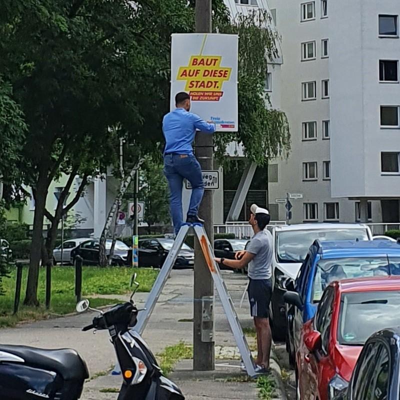 Tätlicher Angriff auf FDP-Plakatierer
